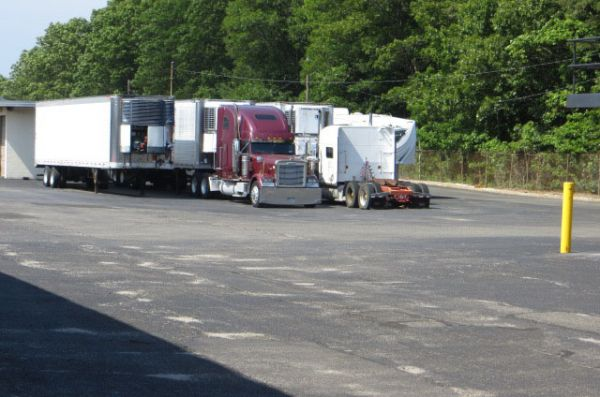 775 Long Island Avenue Medford, NY 11763 - Car/Boat/RV Storage|Moving Truck