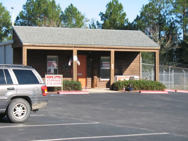 1980 West 10 Mile Road Cantonment, FL 32533 - Storefront