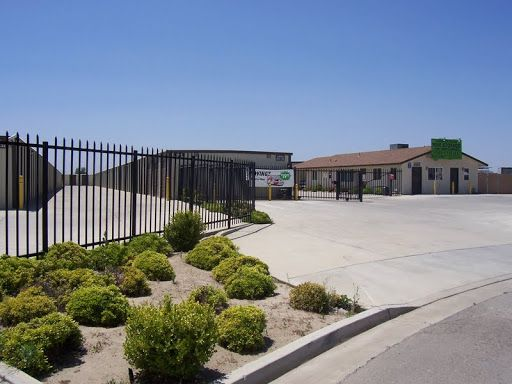 3543 S Academy Ave Sanger, CA 93657 - Security Gate