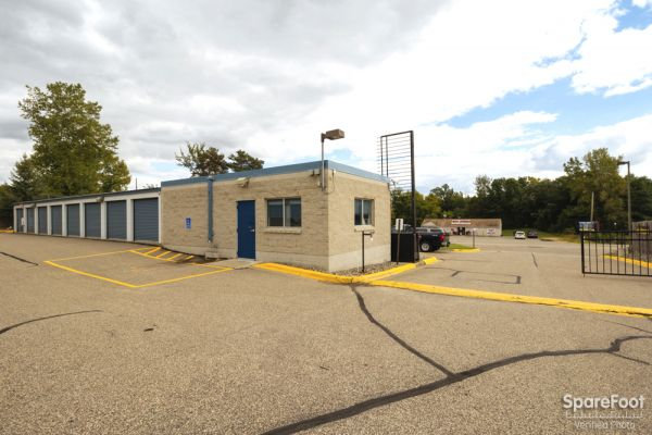 9735 S Robert Trail Inver Grove Heights, MN 55077 - Security Gate|Drive-up Units|Driving Aisle
