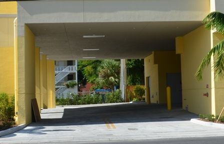 800 West Flagler Street Miami, FL 33130 - Driving Aisle