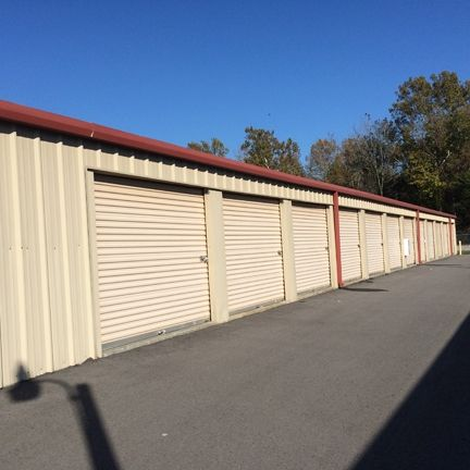 125 Section Line Rd Gurley, AL 35748 - Drive-up Units