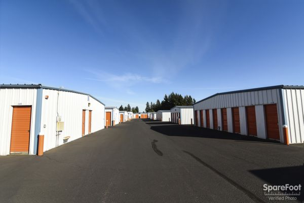 16300 NE 15 St.  Vancouver, WA 98684 - Drive-up Units