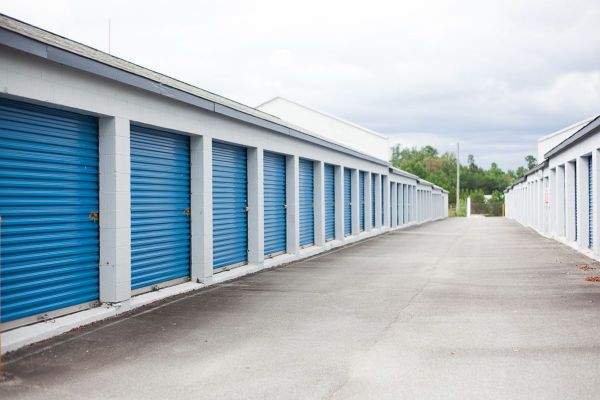 Outbox Self Storage - Hickory | 8 Clement Boulevard Northwest ...