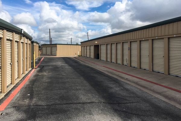 US Storage Centers   Harker Heights   700 Indian Trail   700 Indian Trail