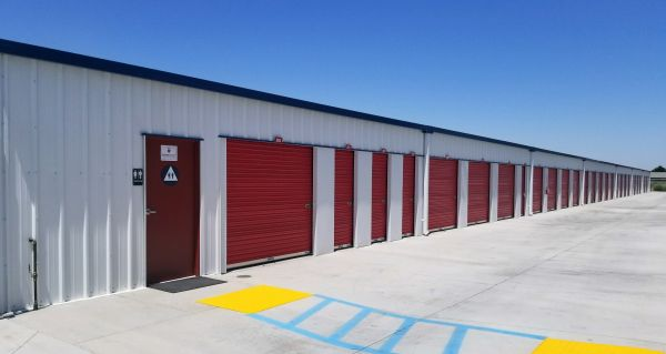 Storage Pro - Bakersfield Storage - 9340 Panama Lane & Storage Pro - Bakersfield Storage | 9340 Panama Lane | SpareFoot