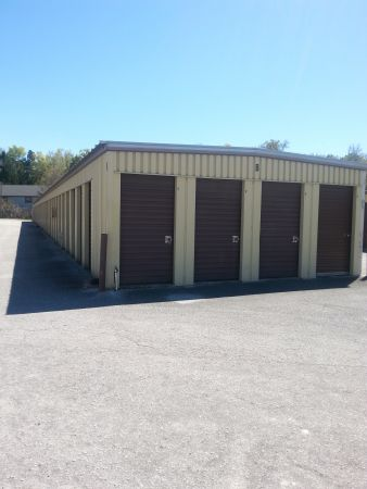 Colonial Self Storage On S Florida Ave   5164 South Florida Avenue