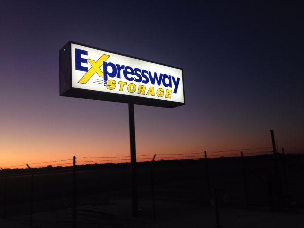 Expressway Storage