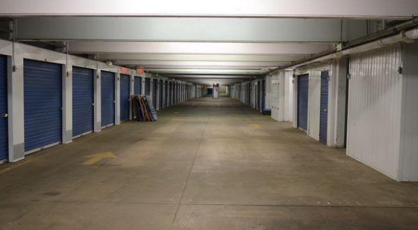 Storage Rentals Of America   Belleville