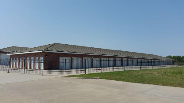 Wichita Storage Pro & 15 Cheap Self-Storage Units Derby KS w/ Prices from $19/month