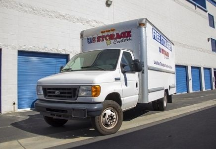 24490 Frampton Ave Harbor City, CA 90710 - Moving Truck