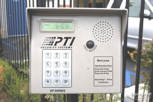 24490 Frampton Ave Harbor City, CA 90710 - Security Keypad