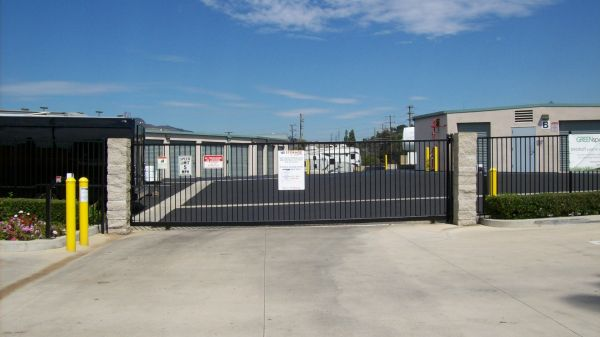 15237 South Brand Blvd Mission Hills, CA 91345 - Security Gate