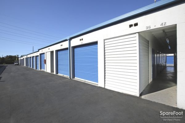620 W. 184th Street Gardena, CA 90248 - Drive-up Units