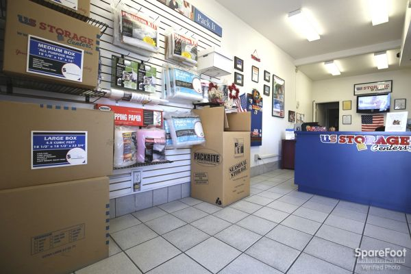 620 W. 184th Street Gardena, CA 90248 - Moving/Shipping Supplies