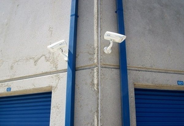 14680 Aviation Blvd Hawthorne, CA 90250 - Security Camera