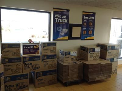 2585 Brighton Henrietta Town Line Rd Rochester, NY 14623 - Moving/Shipping Supplies