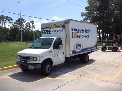 10901 Abercorn Ext Savannah, GA 31419 - Moving Truck