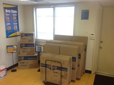 1212 W Patrick St Frederick, MD 21703 - Moving/Shipping Supplies