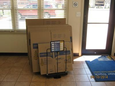 10429 Jefferson Ave Newport News, VA 23605 - Moving/Shipping Supplies