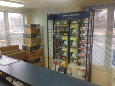 2929 Pennsy Dr Landover, MD 20785 - Moving/Shipping Supplies