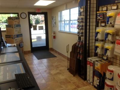 1400 Orchard Lake Dr Charlotte, NC 28270 - Moving/Shipping Supplies
