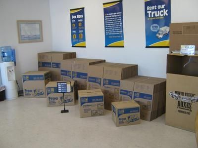 385 S Naval Base Rd Norfolk, VA 23505 - Moving/Shipping Supplies