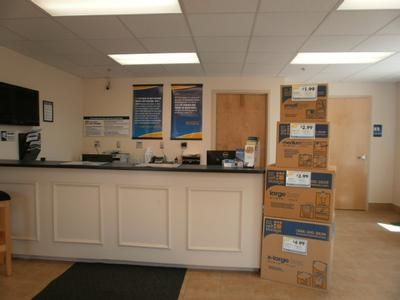 2771 S County Trl East Greenwich, RI 02818 - Moving/Shipping Supplies