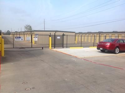 3433 N Fry Rd Katy, TX 77449 - Security Gate