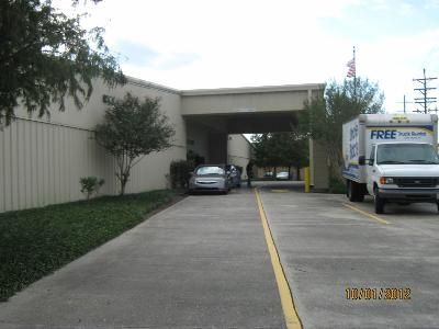 313 Guilbeau Rd Lafayette, LA 70506 - Moving Truck