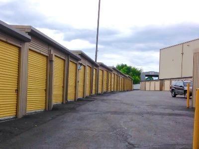 Life Storage   Stamford   Fairfield Avenue   280 Fairfield Ave