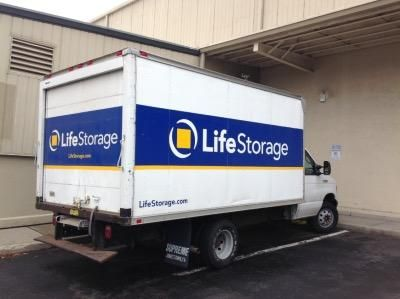 Life Storage   Stamford   Fairfield Avenue   280 Fairfield Ave