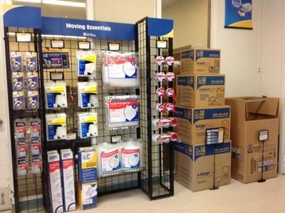 40 Congress St Springfield, MA 01104 - Moving/Shipping Supplies