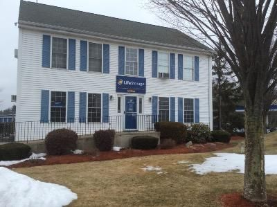 1902 Wellington Rd Manchester, NH 03104 -