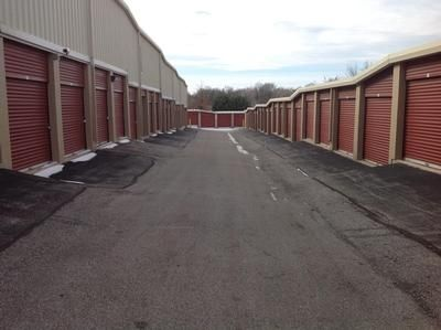 11540 Saint Charles Rock Rd Bridgeton, MO 63044 - Driving Aisle|Drive-up Units