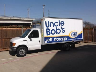 8555 Manderville Ln Dallas, TX 75231 - Moving Truck