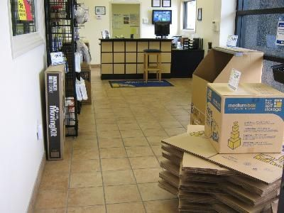 2650 E South Blvd Montgomery, AL 36116 - Moving/Shipping Supplies