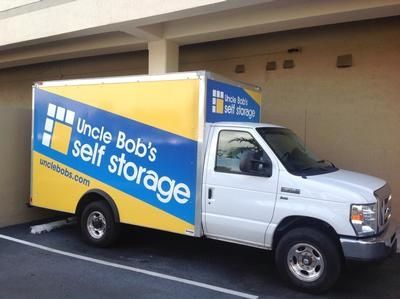 2450 SW 28th Ln Miami, FL 33133 - Moving Truck