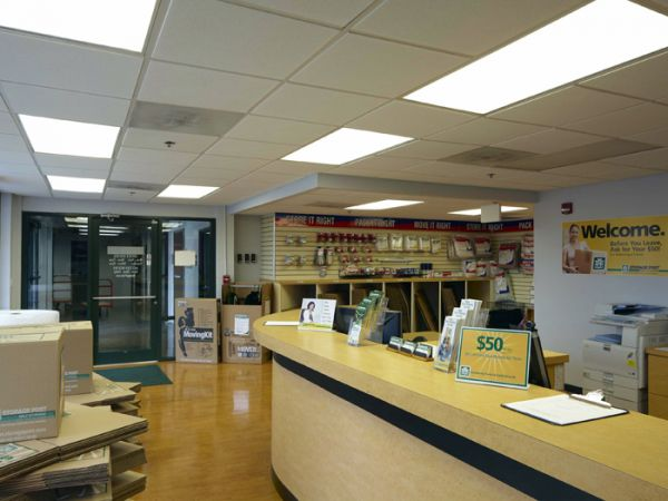 48-21 Metropolitan Ave Ridgewood, NY 11385 - Front Office Interior|Moving/Shipping Supplies