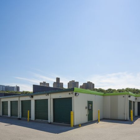 301 W Fordham Rd Bronx, NY 10468 - Drive-up Units
