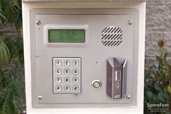 1234 Anaheim Street Los Angeles, CA 90710 - Security Keypad