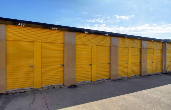Storage Choice   Pearland   5710 W Broadway St
