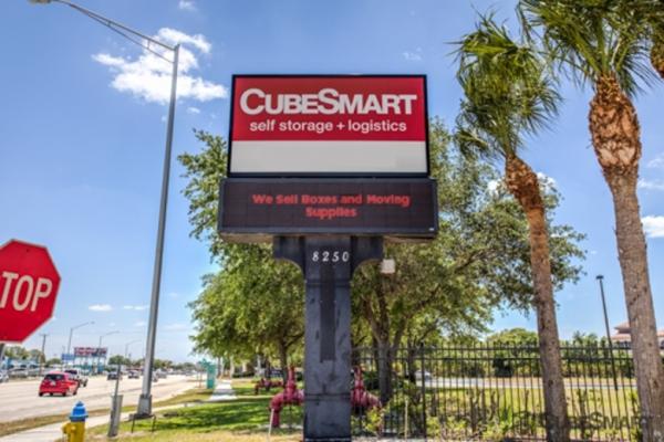 CubeSmart Self Storage   Sarasota   8250 N. Tamiami Trail