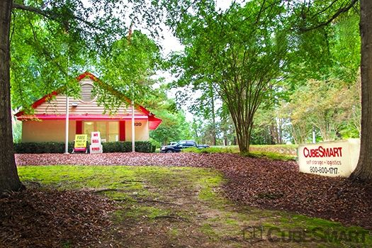 920 W. Chatham Street Cary, NC 27511 -