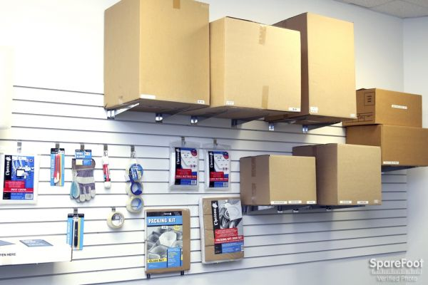 970 Fellsway Medford, MA 02155 - Moving/Shipping Supplies