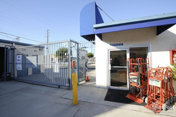 18626 S Western Ave Gardena, CA 90248 - Storefront|Security Gate
