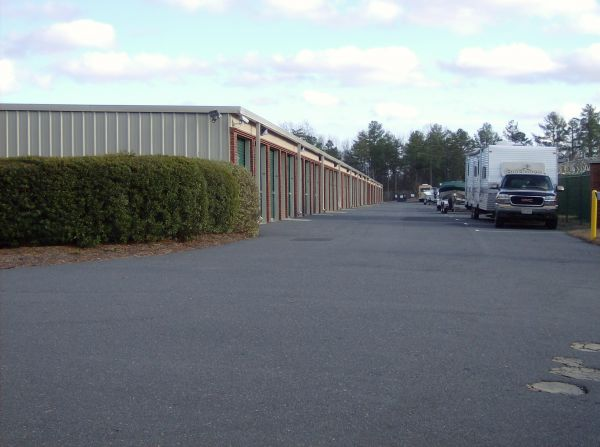 2012 WEST HIGHWAY 160 FORT MILL, SC 29708 - Drive-up Units|Driving Aisle