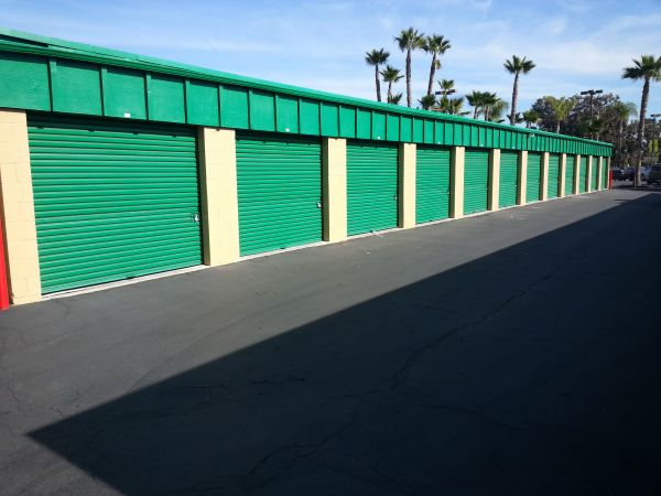 8383 Clairemont Mesa Blvd San Diego, CA 92111 - Drive-up Units