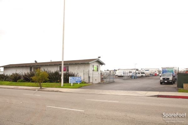 20501 S Main St Carson, CA 90745 - Road Frontage