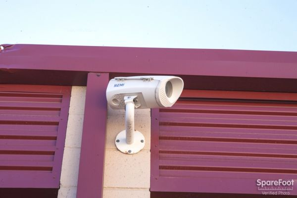 20550 Lassen St Chatsworth, CA 91311 - Security Camera